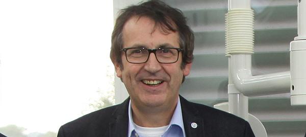 Prof. Dr. med. dent. Stefan Zimmer